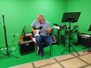 Willy Fluss on new Yamaha Guitar